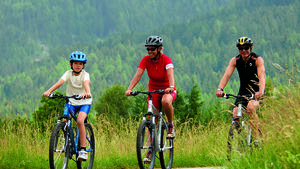 Reise: Dolomiten - Wunderwelt aus Stein, CAR 08/2012