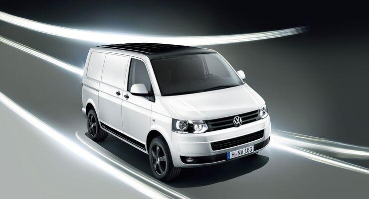 Volkswagen Nutzfahrzeuge peppt seinen Nutzfahrzeug-Klassiker sportlich auf: mit dem Transporter Edition als Sondermodell.