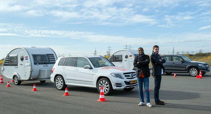 Zwei Ex-Fußballnationalspieler traten im Gespannfahren mit dem Mercedes-GLK samt Knaus Tabbert-T@B gegeneinander an.