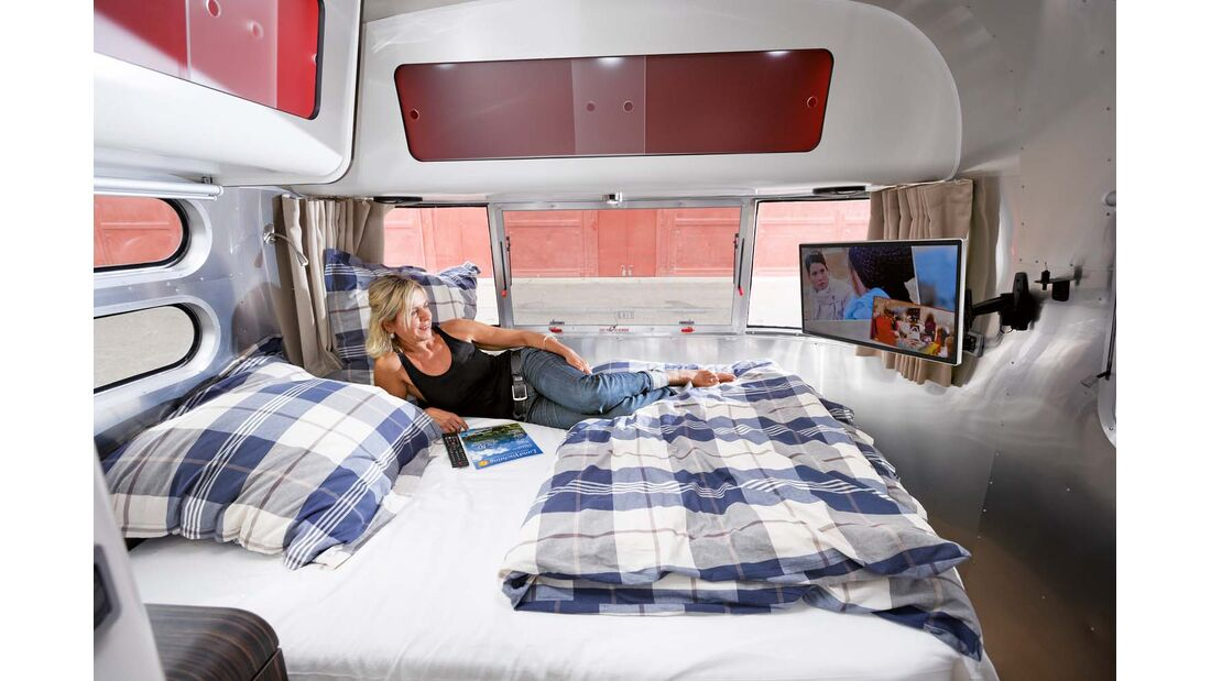 1,90 Meter langes Bett im Airstream 684