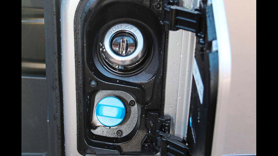 21-Liter-Adblue-Tank für laut Ford bis zu 10 000 km Reichweite.