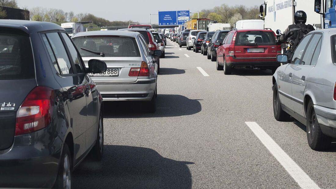 ADAC Stau bei München A9 Richtung Nürnberg