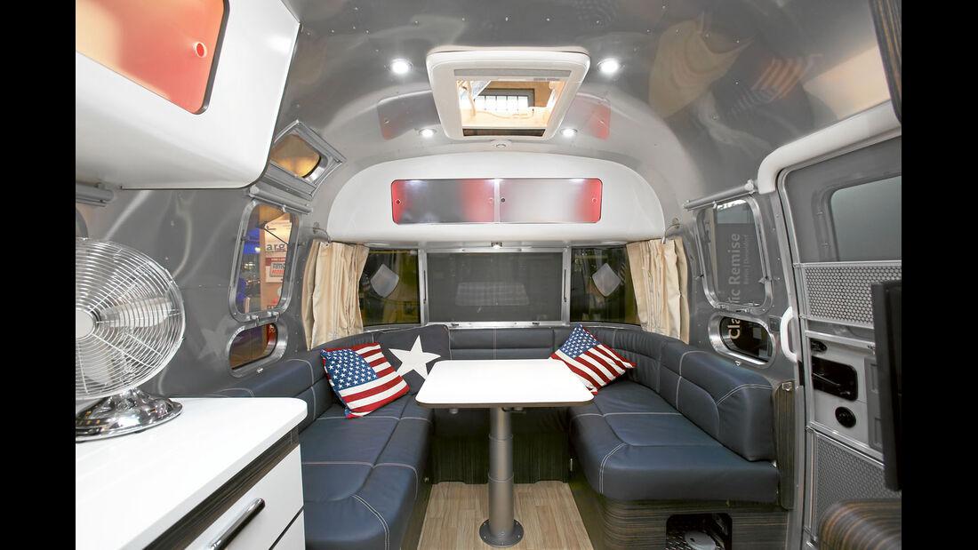 Airstream_684_Sitzecke