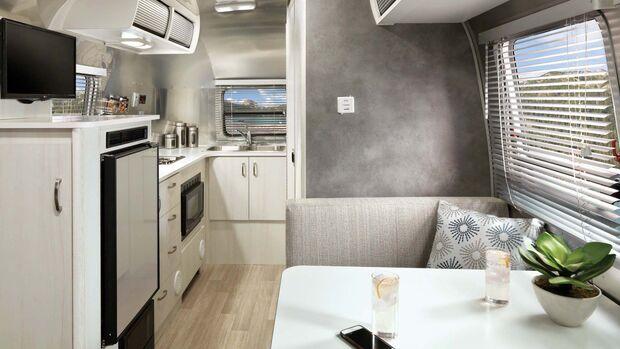 Airstream Bambi (2020)