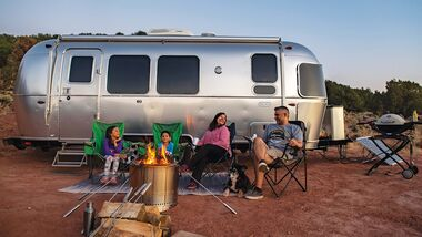 Airstream Flying Cloud 30FB Office (2021)