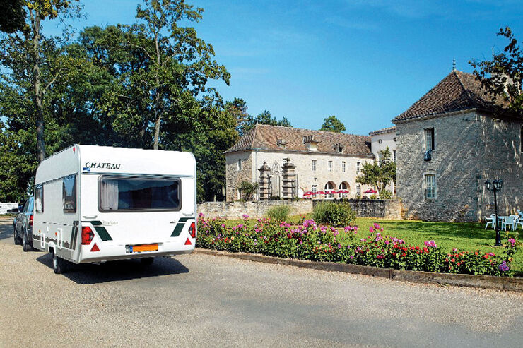 Archiv: Gigny-sur-Saône, Schloss