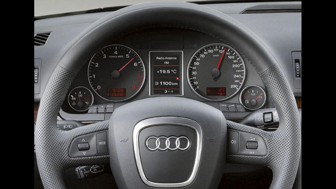 Audi A4 Schaltanzeige