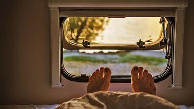 Ausblick vom Bett im Caravan/Wohnmobil