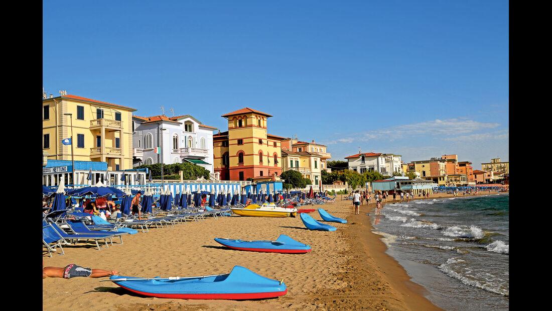 Ausgiebige Badewonnen in San Vincenzoan der Tyrrhenischen Küste.