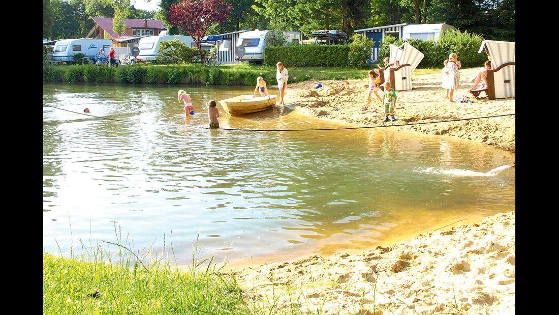Badesee im Campingplatz Lüneburger Heide