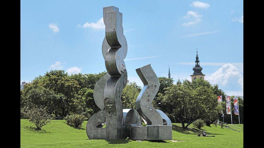 """Brücke zwischen """"Stahlstadt"""" und Kunstmetropole"""