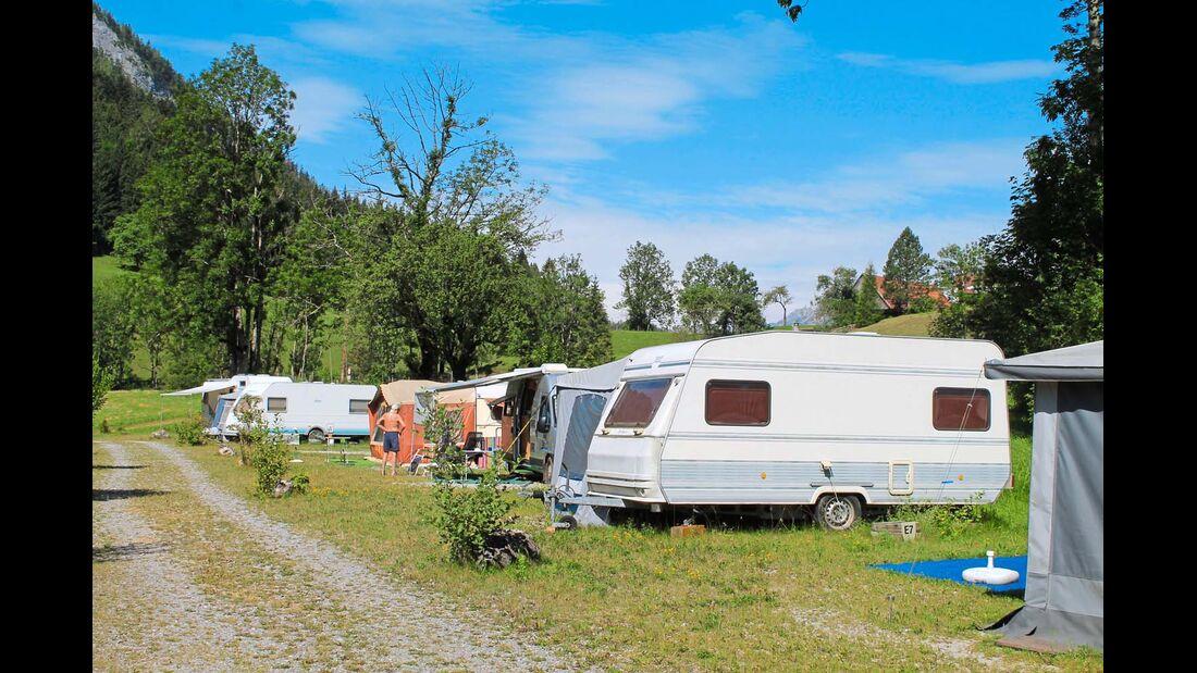 Camping-Idylle am Gleinkersee auf 800 Meter Seehöhe.