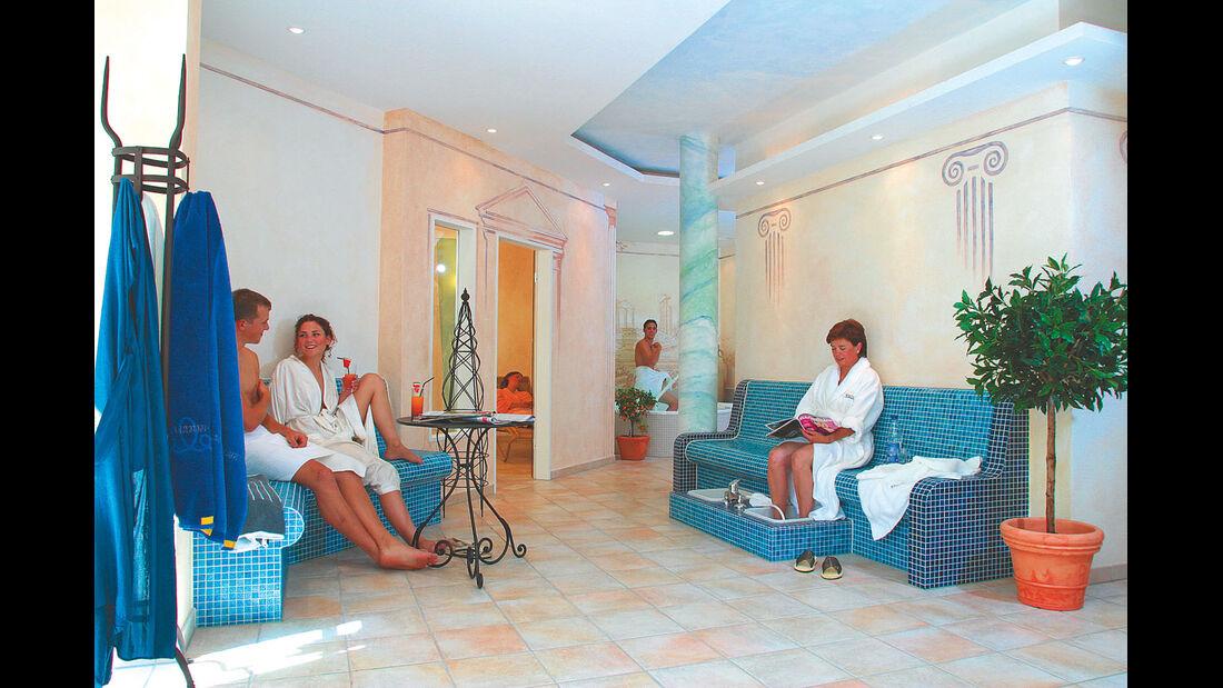 Camping Wirtshof bietet eine grosszuegige Saunalandschaft und ein Wellnessprogramm.