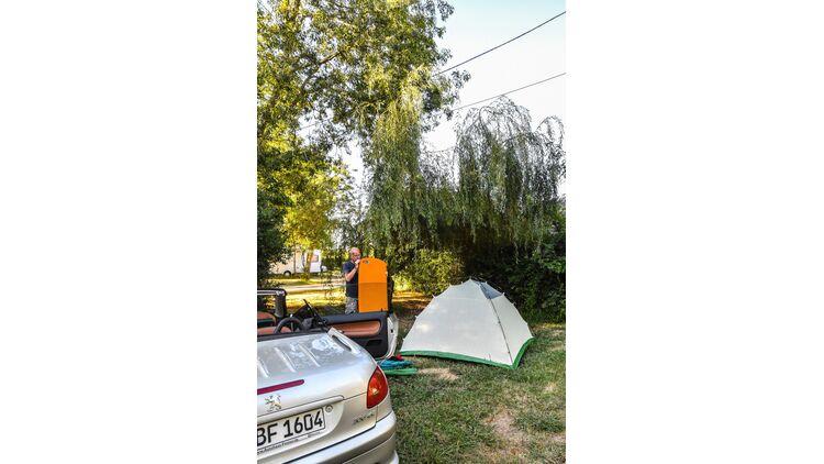 Zwei Wochen Frankreichurlaub Camping mit Zelt und Auto