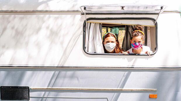 Corona Camping Maske