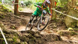 Der 3. Lauf des iXS German Downhill Cup um den Großen Preis der Volks- und Raiffeisenbanken wird in Bad Wildbad ausgetragen.