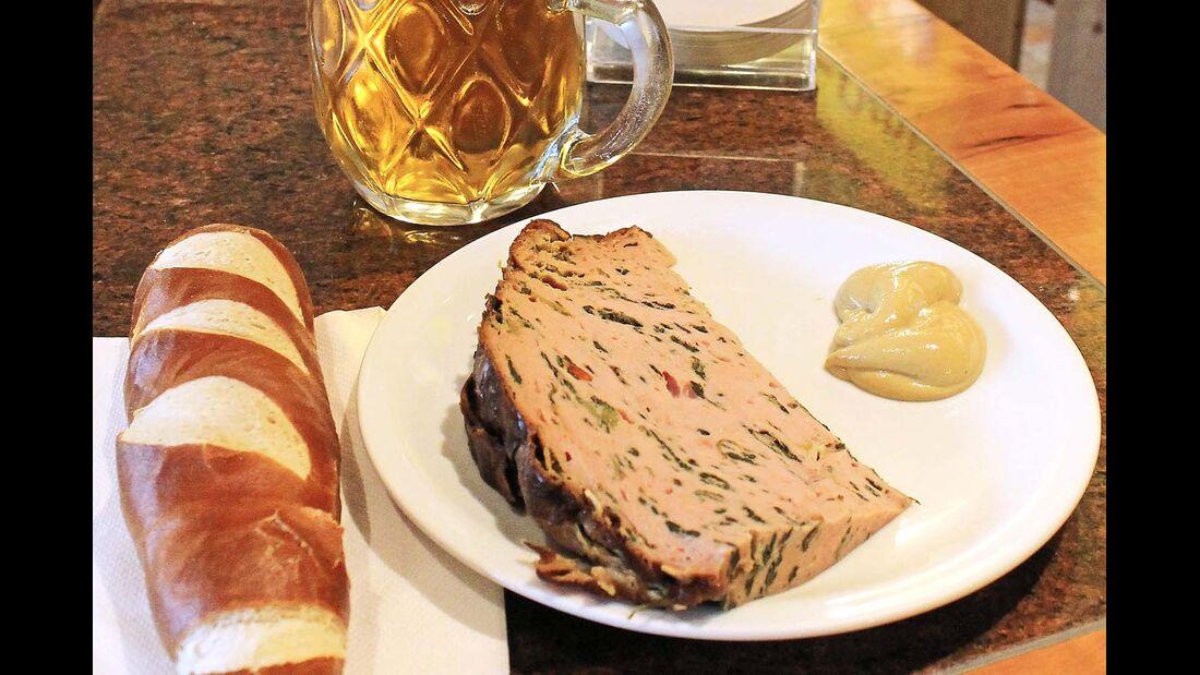 Der Linzer Imbiss-König verfeinert die klassische Brotzeit mit Chili-Schoten, Spinat, Champignons oder Trüffel.
