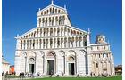 Der schiefe Turm von Pisa ist das berühmteste Bauwerk der Stadt.