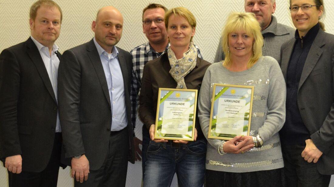 """Die Campingplätze CampingPark Südheide und Nordseecamping zum Seehund erhielten die Auszeichnung """"Klimafreundlicher Betrieb""""."""