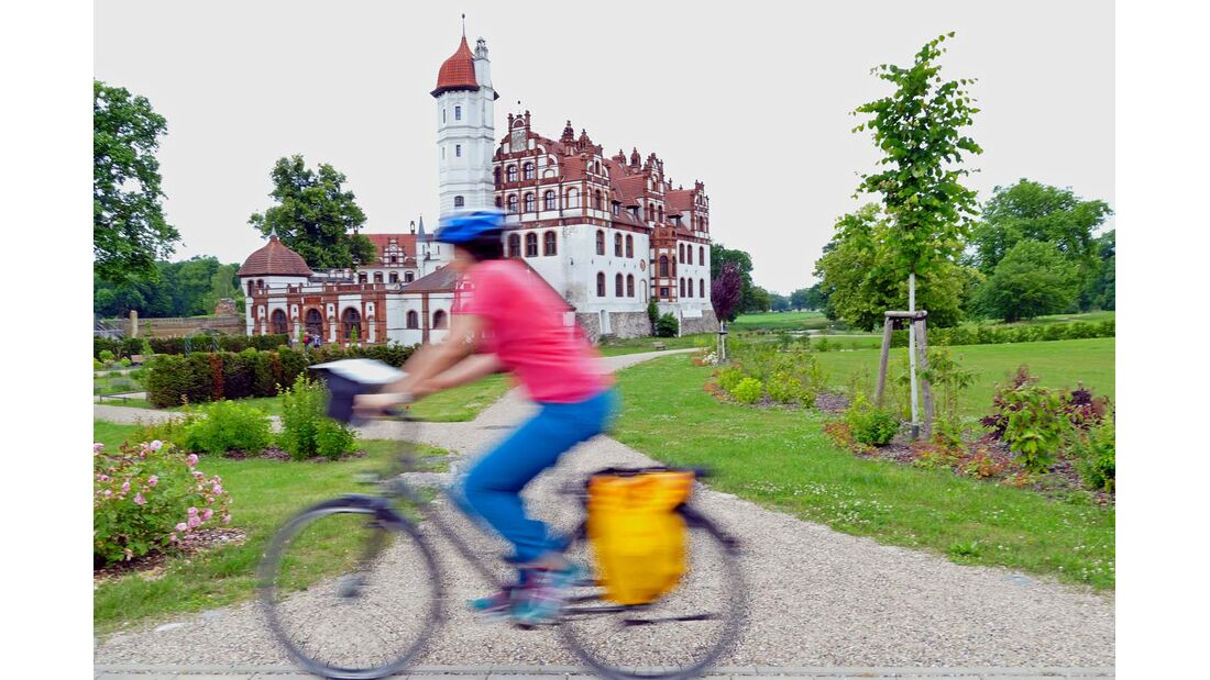 Die Rundstrecke in der Mecklenburgischen Schweiz führt auch durch Basedow.