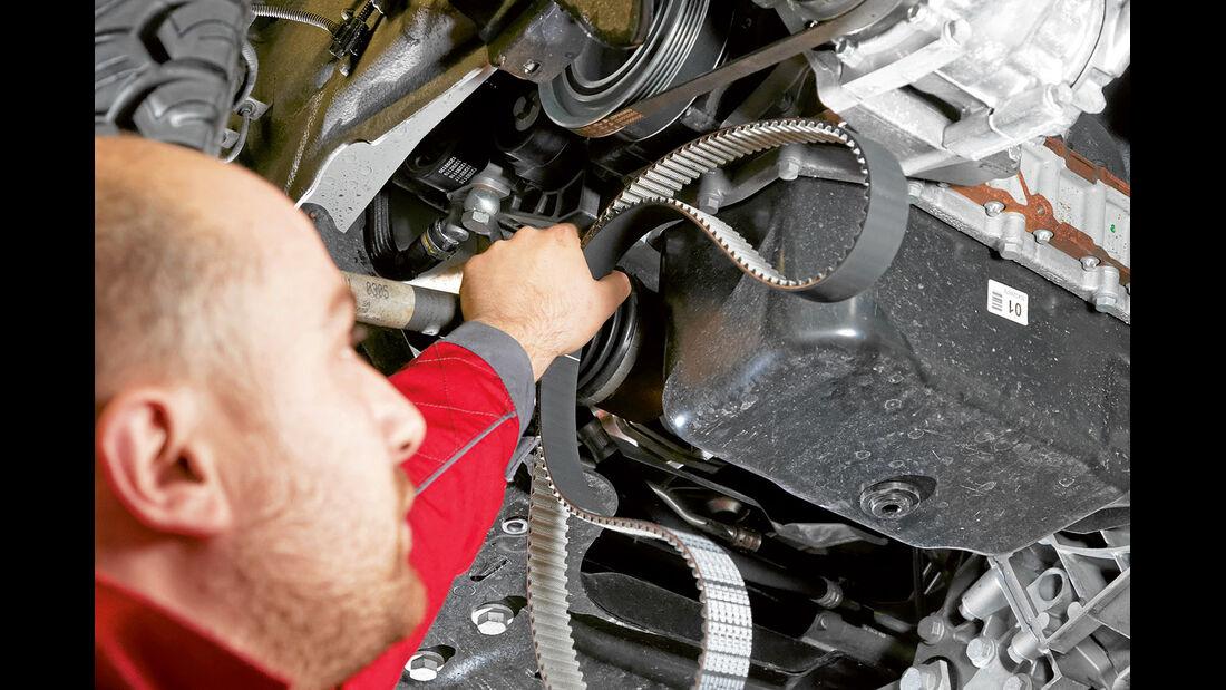 Die Technik des Reisemobils zieht hoehere Service- und Reparaturkosten nach sich.