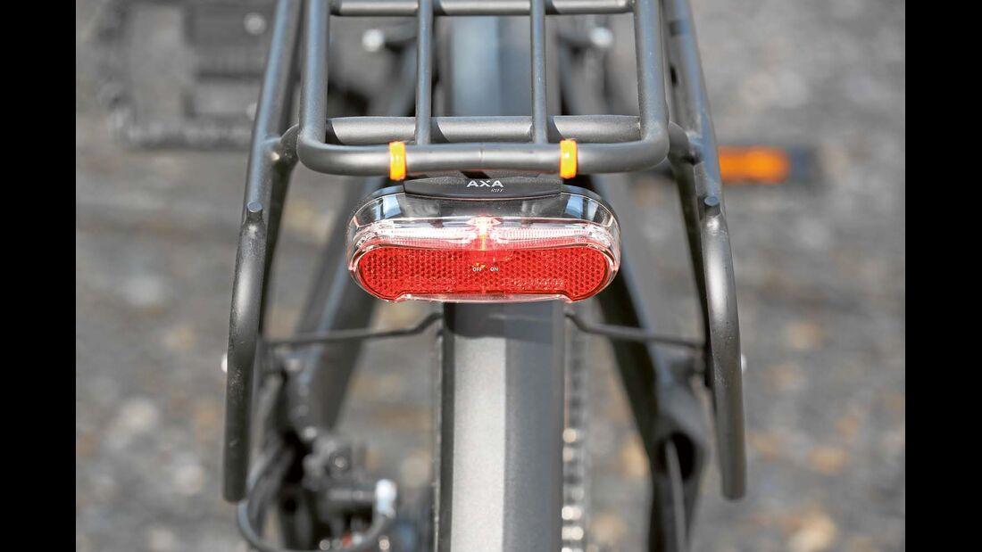 Die batteriebetriebenen Vorder- und Rücklichter werden gesondert aktiviert