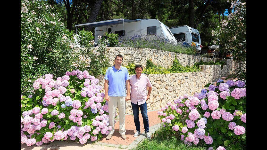 Direktor Dejan Jakovljevic und Zlatko Vukajloviic Camping Cikat Kroatien Insel Losinj