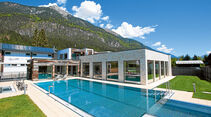 Echter Wellness-Tempel: Das Alpin-Spa neben dem Freibad bietet allen erdenklichen Luxus.