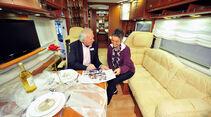 Ehepaar im Caravan