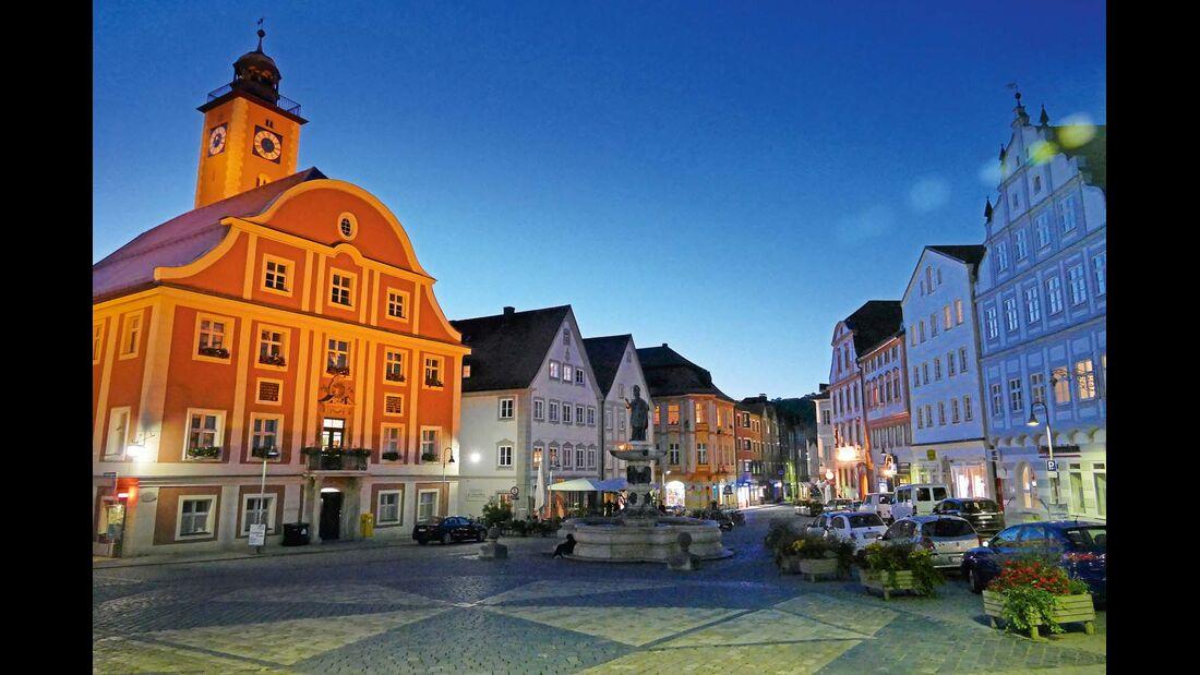 Eichstätt mit historischem Rathaus