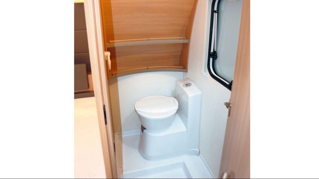 Eine Duscheinrichtung kann im Caravan meist nur als Paket zugekauft werden.
