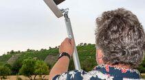 FIAMMA Rändelschraube fixiert die Stützenhöhe – dauert länger.