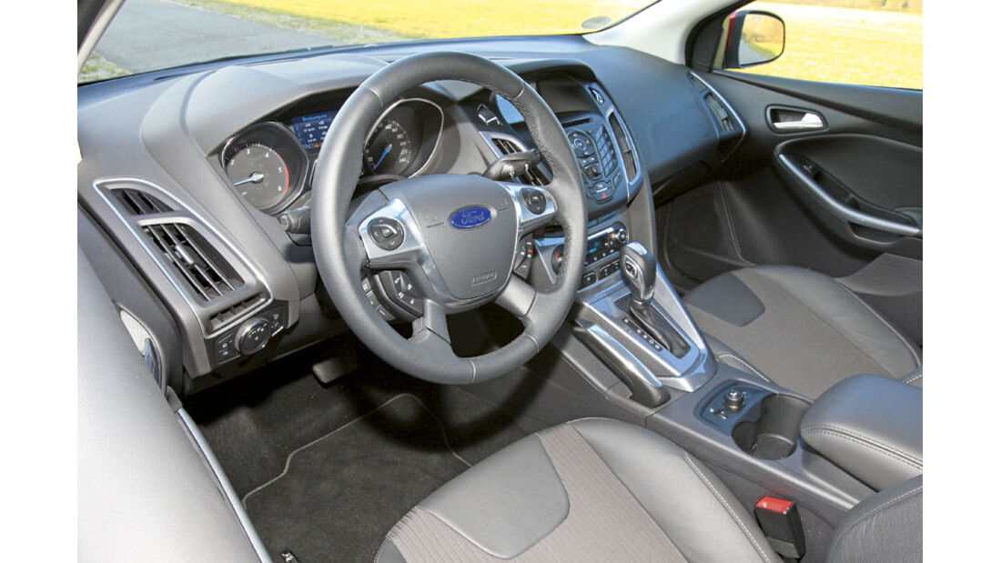 Ford Focus 2.0 TDCI Turnier - Cockpit