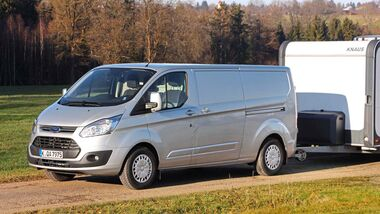 Ford hat dem Van neue Motoren und MEHR ANHÄNGELAST spendiert.