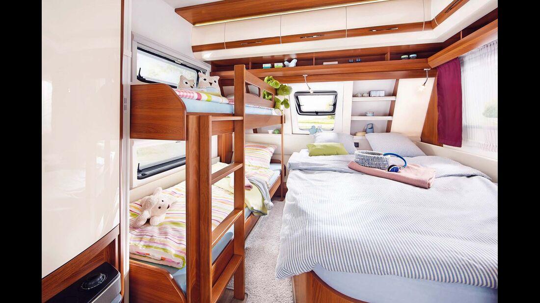 Für 718 Euro extra ersetzt im 560 UL ein Stock- das linke Einzelbett.
