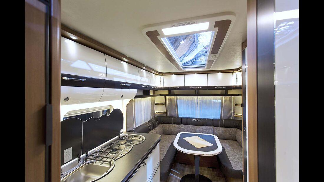 Gemeinsam mit Dometic Seitz hat LMC das seitlich aufstellbare Skyview-Dachfenster entwickelt.