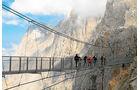 """Hängebrücke zur """"Treppe ins Nichts"""""""