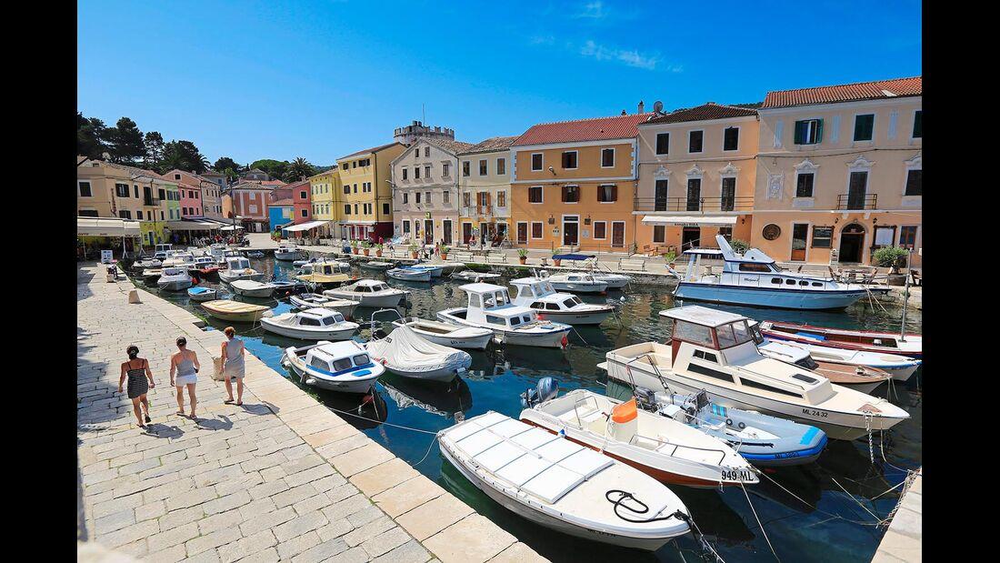 Hafen Insel Veli Losinj Kroatien
