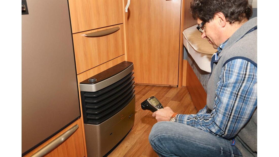 Heizungsgehäuseoberfläche kann unter Umständen bis weit über 100 Grad Celsius heiß werden