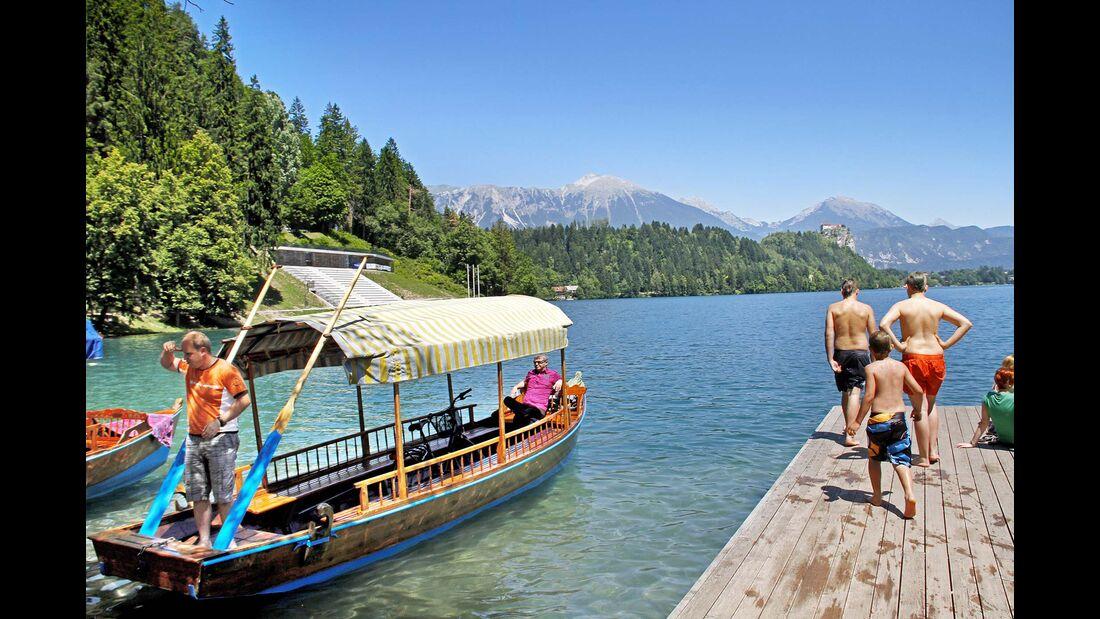 Holzboot Bleder Insel