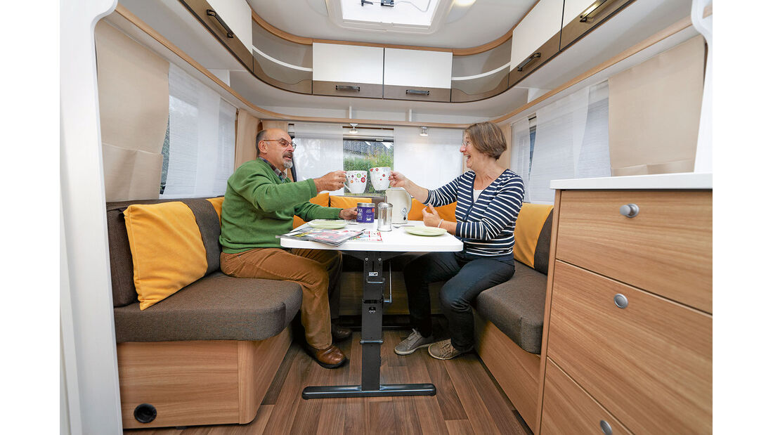 Im Caravan steht der gesamte Raum zum Wohnen zur Verfuegung.