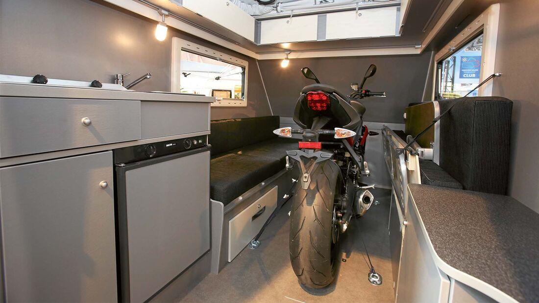 5 wohnwagen zum motorrad tansportieren 2020 caravaning. Black Bedroom Furniture Sets. Home Design Ideas