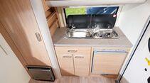 Kompakte Kocher-Spülenkombination im T@b 320 RS Offroad