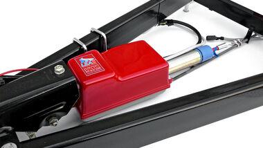 Leas – universal, elektronische Anhängerstabilisierung, gibt es schon seit 1992. Nun hat der Hersteller auf gerüstet und seinen Sicherheitskomfort ständig angepasst und verbessert.