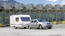 Mautstation mit Caravan