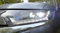 Mitsubishi Outlander 4WD im Zugwagentest