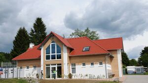 Neues Sanitärgebäude im Gitzenweiler Hof