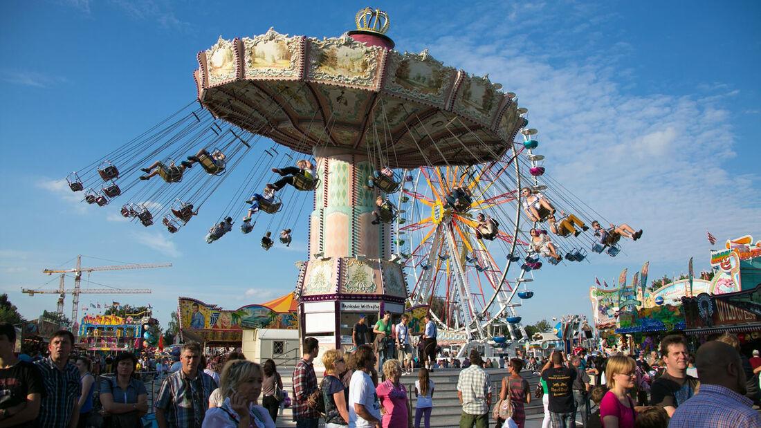 """Neumarkt feiert mit seinen Besuchern von 8.- 18. August das traditionelle Jura-Volksfest rund um Brauchtum und Geselligkeit. Dann beginnt in der Stadt in der Oberpfalz die """"fünfte Jahreszeit""""."""