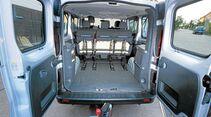 Opel Vivaro Combi im Zugwagentest