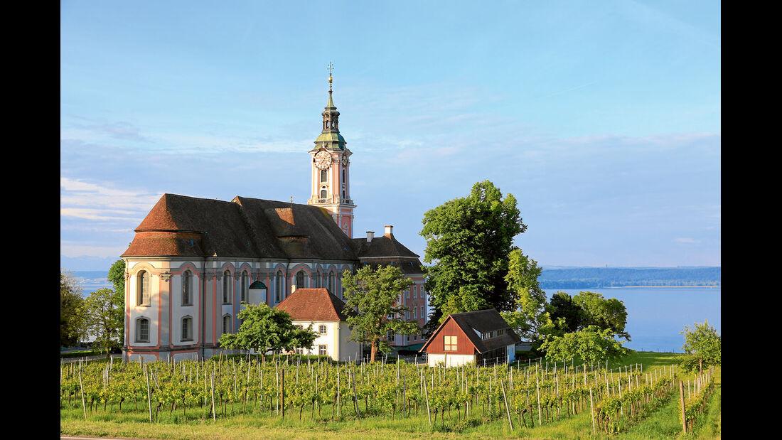 Prachtvolle Barockkirchen rings um das Ufer des Bodensees.